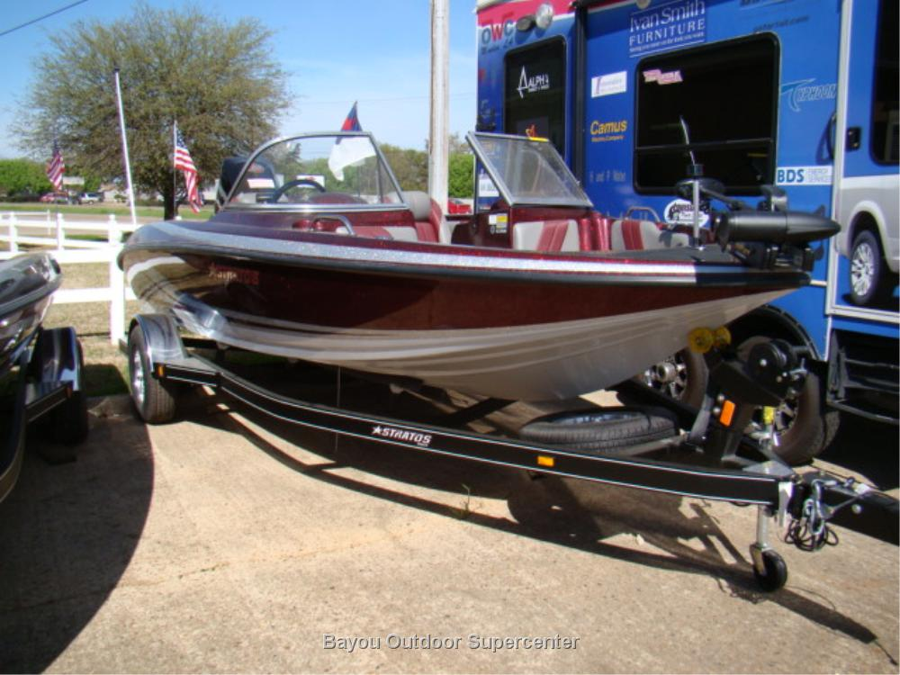 Stratos 486 SF (Color Package 6SF-w/Mercury 150L Pro XS Optimax)