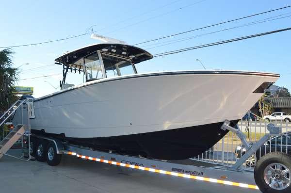 Cobia Boats 344 CC
