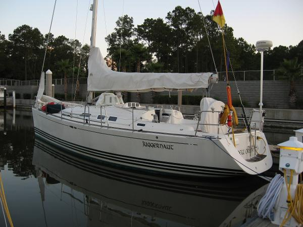 X - Yachts X-37 Port Profile