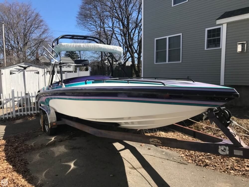 Commander Signature 24 1994 Commander Signature 24 for sale in Weymouth, MA
