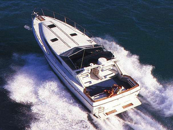 Sea Ray 390 Express Cruiser Manufacturer Provided Image