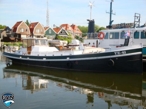 Custom Mussel Kotter Dutch Barge