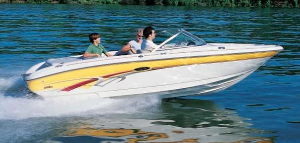 Sea Ray 182 SRX Bow Rider Manufacturer Provided Image