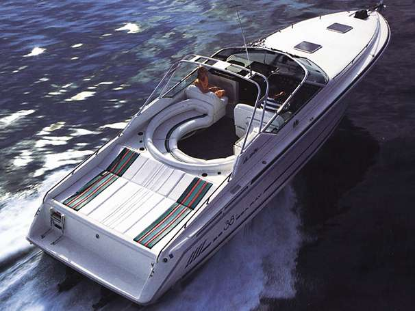 Sea Ray 380 Sun Sport Manufacturer Provided Image