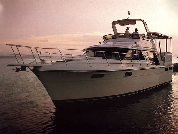 Carver 42 Aft Cabin Motoryacht Manufacturer Provided Image