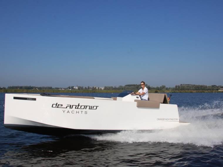 De Antonio Yachts De Antonio Yachts D23 Tender Demo Intressante