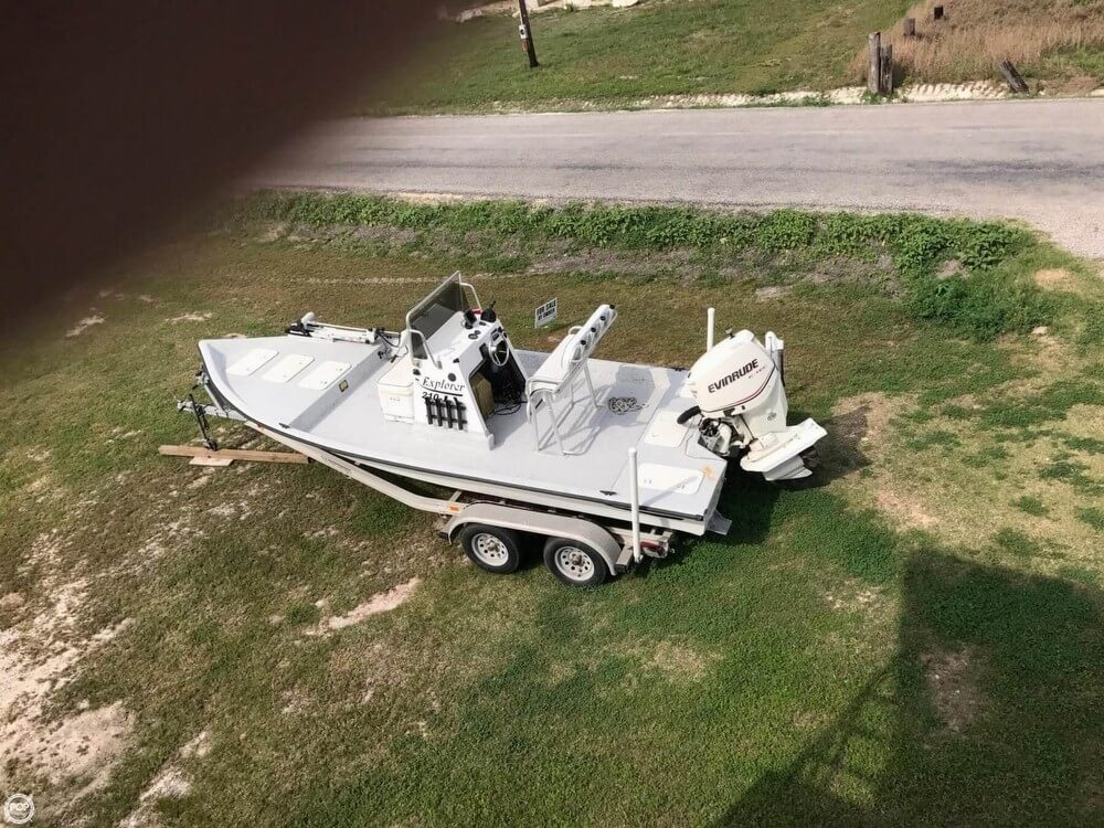 Explorer 210tv 2006 Explorer 210 TV for sale in Port Lavaca, TX