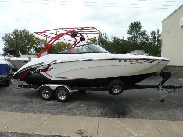 Yamaha Boats 242X E Series