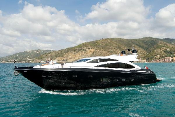 Sunseeker Predator 84 Side View