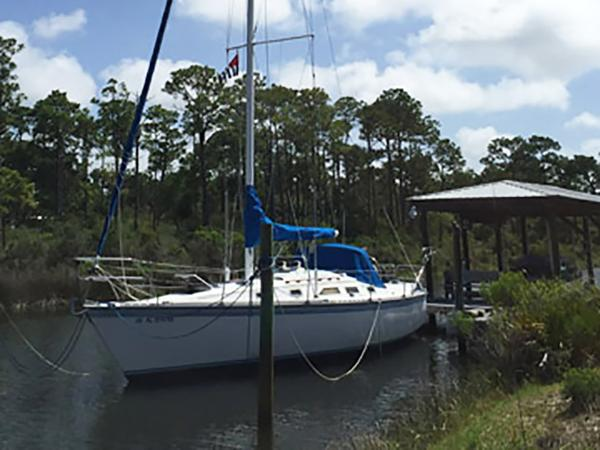 Hunter 34 Profile