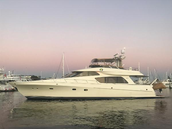 McKinna 65 Pilothouse