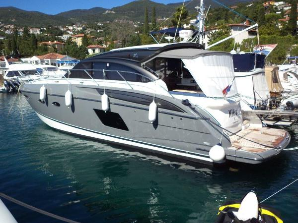 Princess V48 Deck Saloon