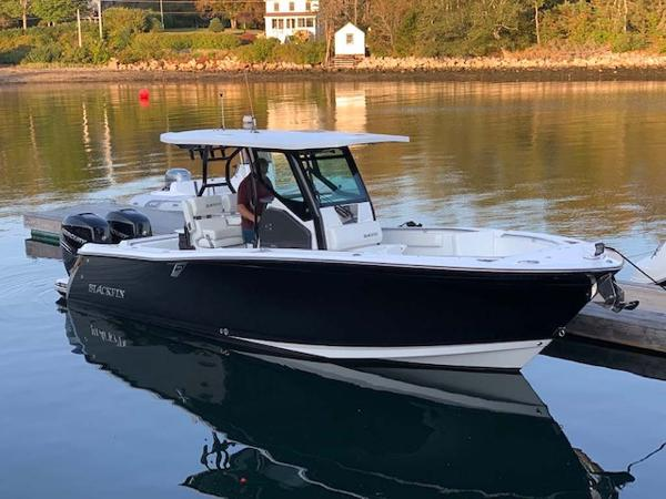Blackfin 272 Center Console Main Profile
