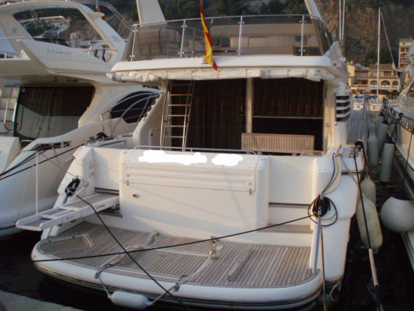 Fairline Squadron 65 Photo 1