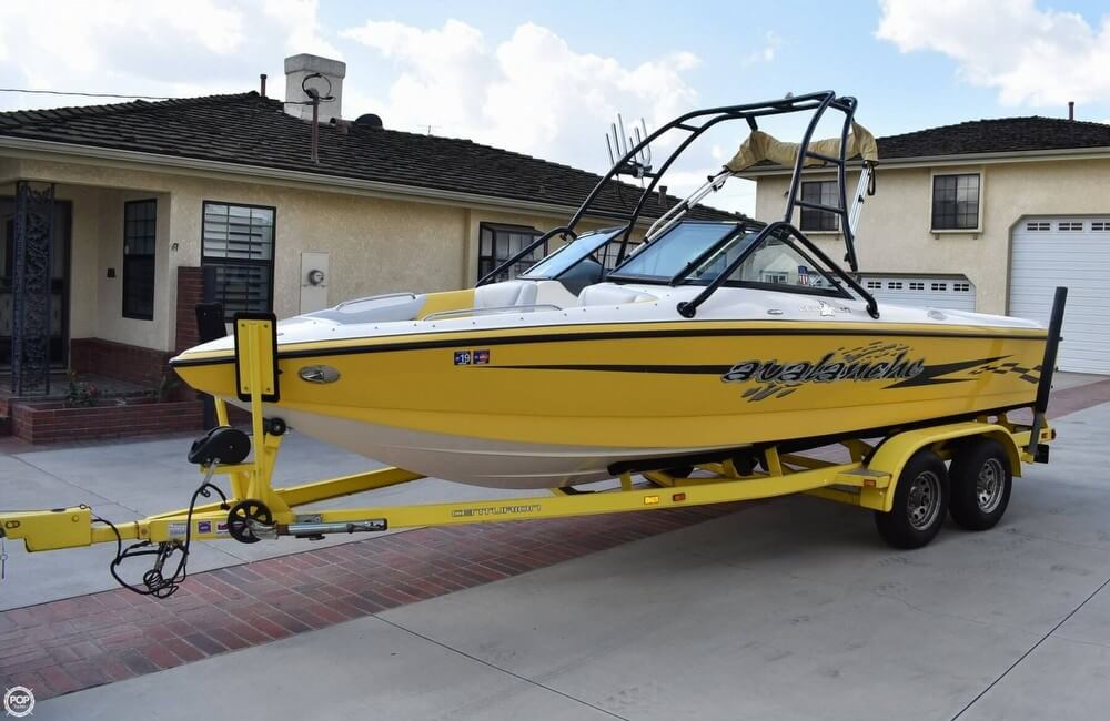 Centurion 22 AVALANCHE 2003 Centurion 22 Avalanche for sale in Bellflower, CA