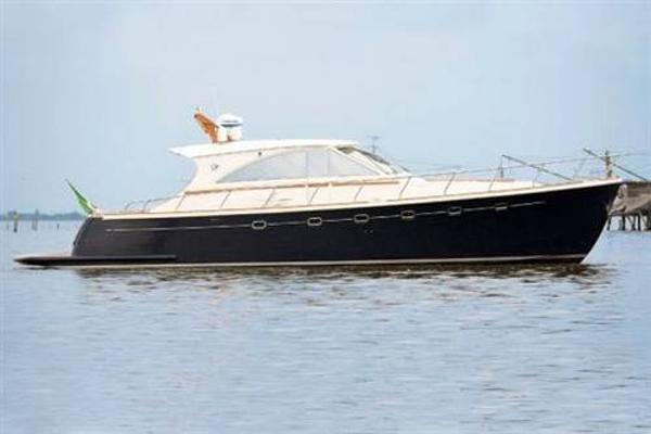 Cantieri Estensi 540 goldstar ( 2010 )