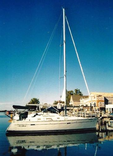 Beneteau 343 At the dock