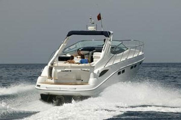 Sealine S42 Manufacturer Provided Image: Stern