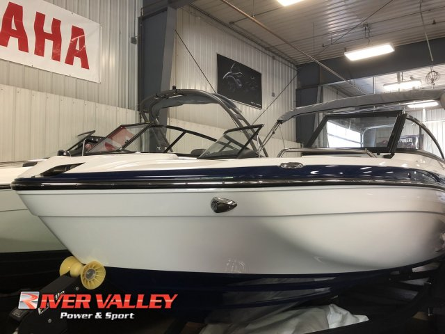Yamaha Boats 212 LTD