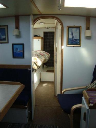 Squander - Cabin Entrance