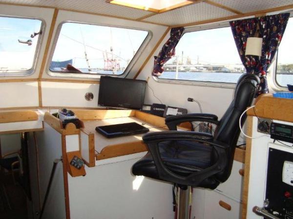 Squander - Nav Seat