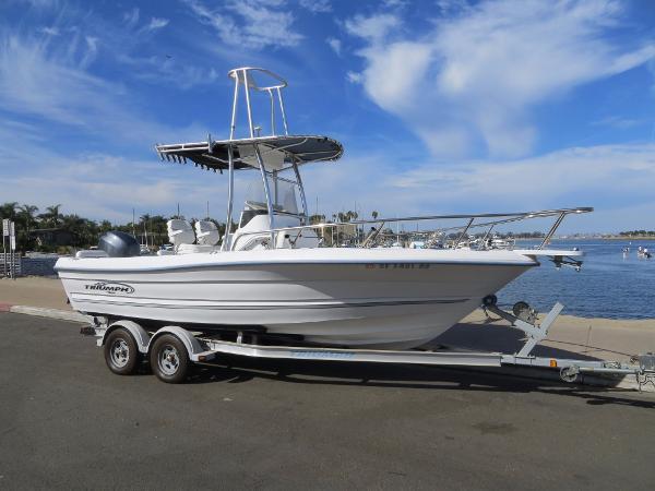 Triumph 215 CC Actual Boat