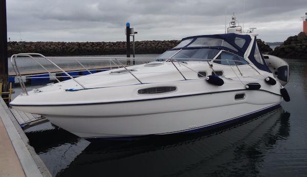 Sealine S28 Sports Cruiser SEALINE S28 Sport Cruiser