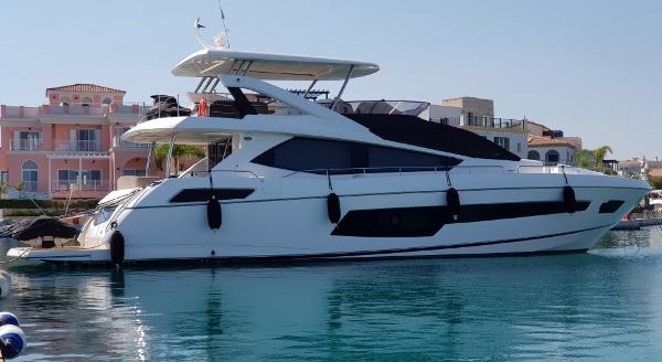 Sunseeker 75 Yacht Sunseeker 75