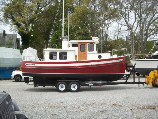 Nordic Tugs 26 Boat and Trailer