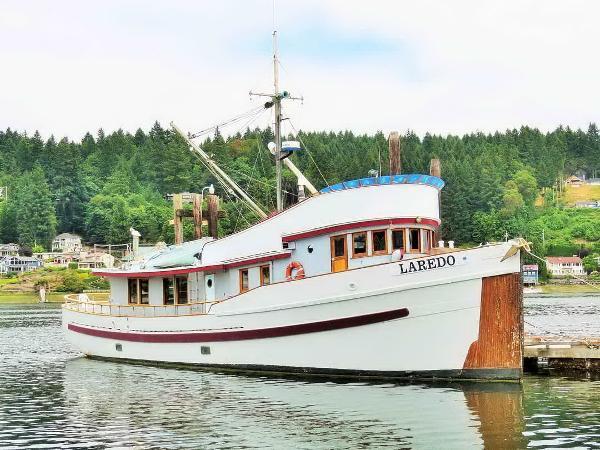 Trawler Classic Yacht