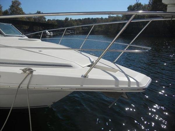 Cruisers Yachts 3120