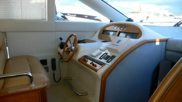 Azimut 52 interior steering position