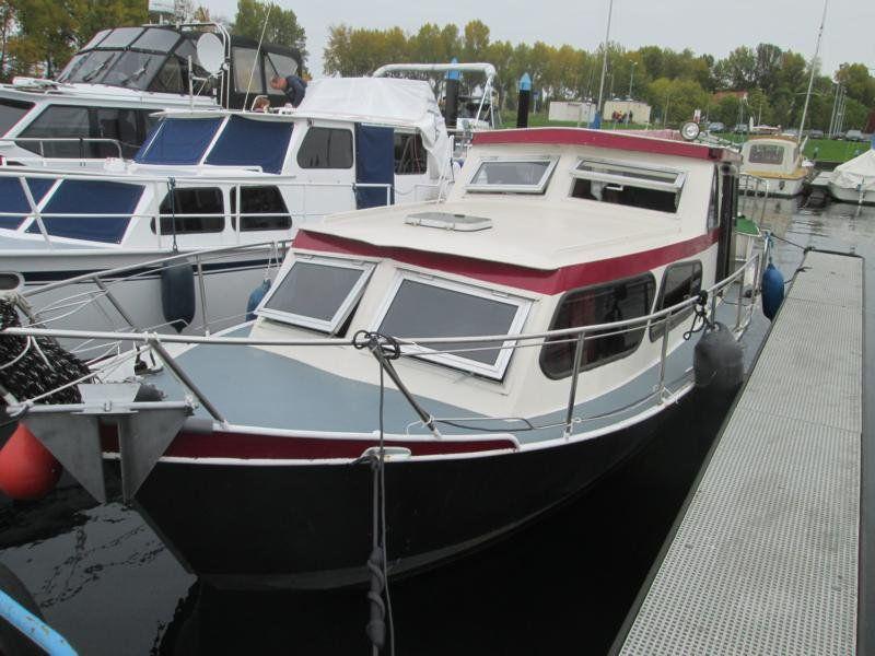 Holl. Stahlkajutboot Holl Stahlkajtboot 900 AK