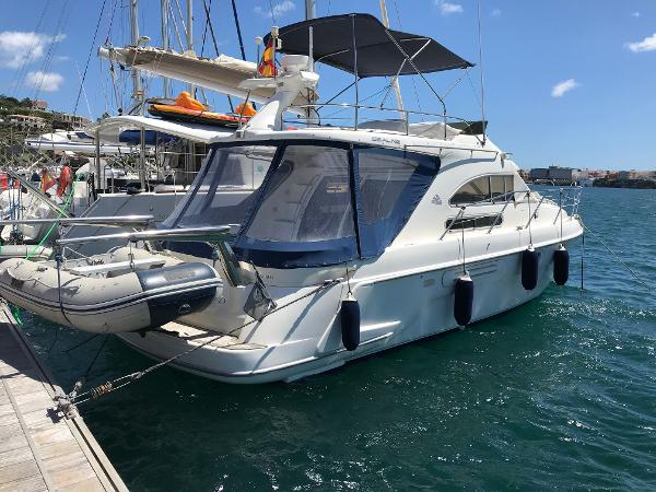 Sealine F36 Used Sealine F36 for sale in Menorca - Clearwater Marine