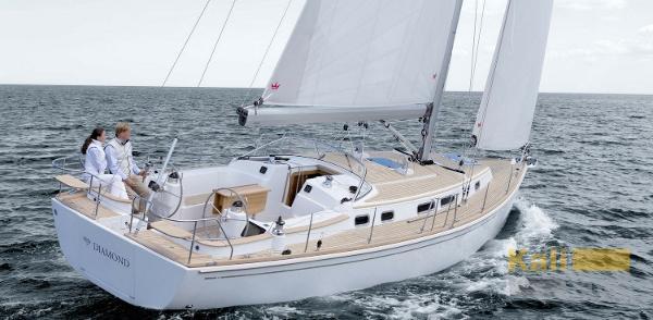 Moody 41 Aft Cockpit Moody-Yacht-41-Classic-Slide-3