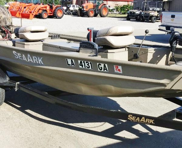 SEA ARK BOATS Rebel 15