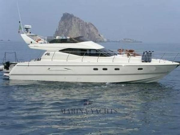 Azimut 43 Azimut 43 - Marina Yachts.jpeg