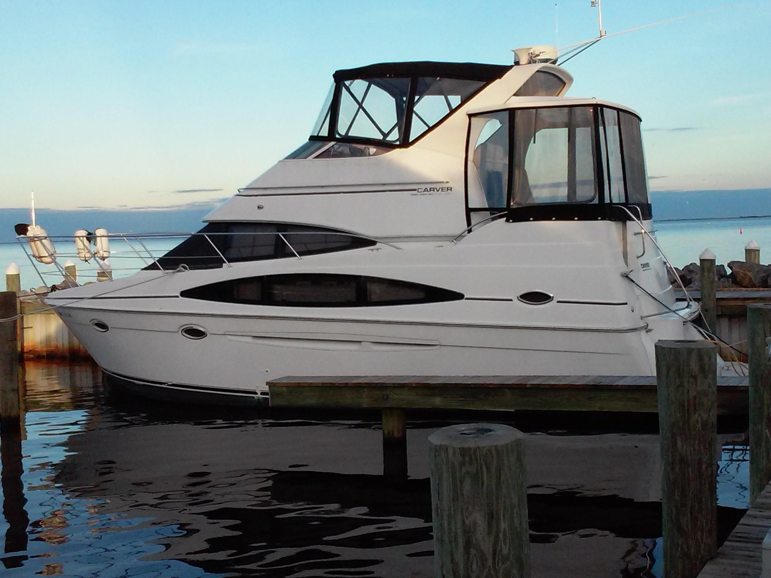 Carver 346 Aft Cabin Motor Yacht