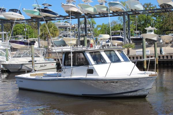 Privateer 28 Pilothouse