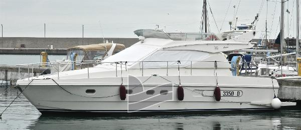 Ferretti Yachts 43 DSCN8384.jpg