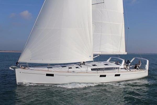 Beneteau Sense 55 Sense 55 at sea SISTER SHIP