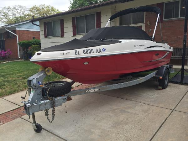 Sea Ray 175 Sport Port Bow