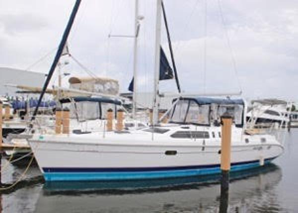 Hunter 450 Passage Port side view