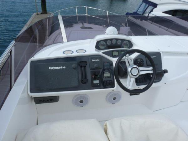 Princess 43 Flybridge Helm Console