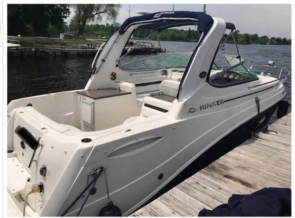 Rinker 280 Express Cruiser 2009 Rinker 280 EC for sale in Central Square, NY