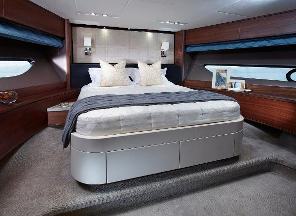 Princess Flybridge 88 Motor Yacht Forward Cabin