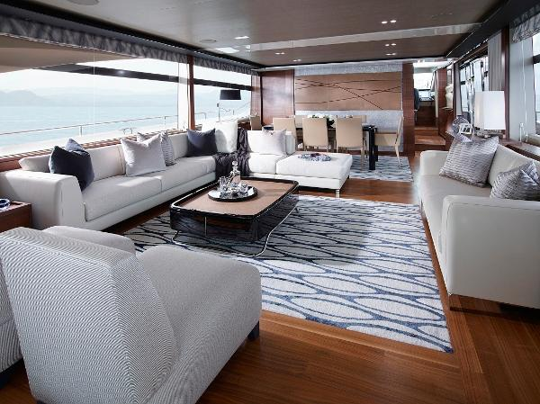 Princess Flybridge 88 Motor Yacht Saloon