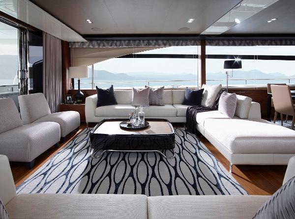 Princess Flybridge 88 Motor Yacht Saloon Seating