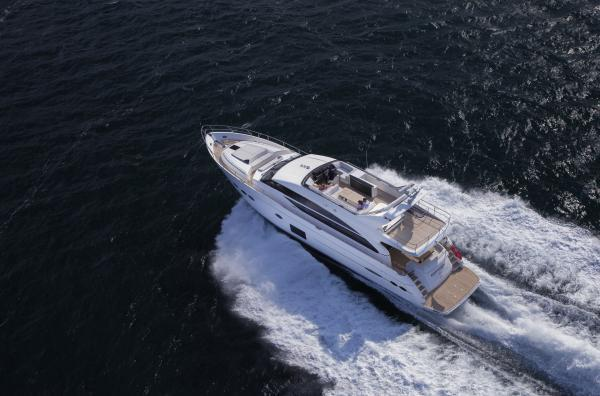 Princess Flybridge 82 Motor Yacht Running Shot