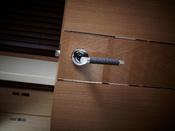 Princess Flybridge 82 Motor Yacht Door Detail